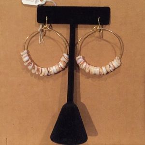 Jewelry - Pukah shell hoop earrings